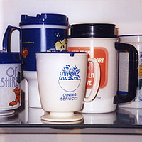 UNH coffee mugs